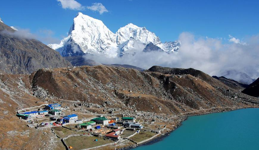 Everest Base Camp Trek with Gokyo Valley (Cho la Pass)